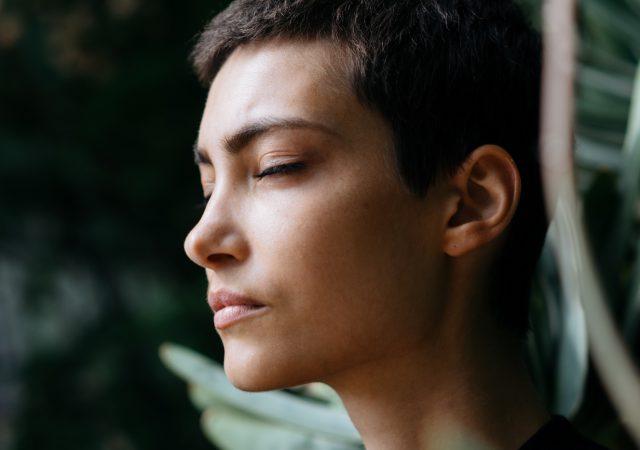 Mindfulness-Based Stress Reduction-chronic-pain-lupus-lupuscorner-cover